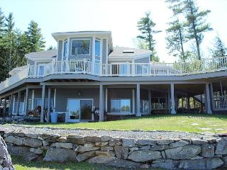 Lake Winnipesaukee Luxury Waterfront (THI132Wf)