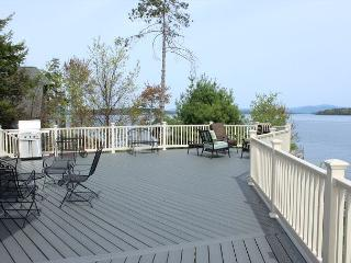 Lake Winnipesaukee Luxury Waterfront (THI132Wf)