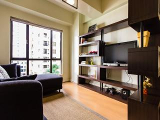 Centrally located 1 BR apt, WiFi and Cable, Taguig City