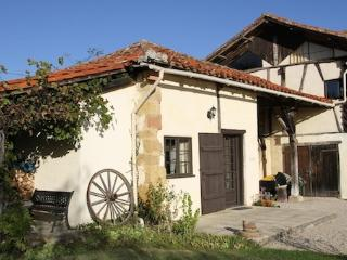 Large Groups - France Getaway, sleeps 6-31, €18 per person, kids 3 & under free