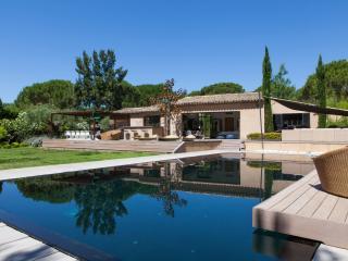 Splendid & Arty Villa St Tropez, Ramatuelle