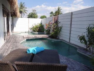 Atoll Haven -1-BR villa with private pool, Gili Air