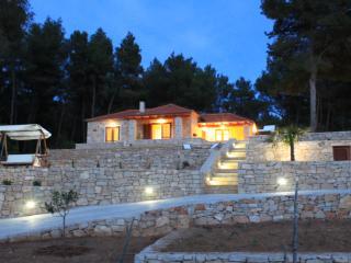 Hvar Island Villa With Private Pool and Sea View, Jelsa