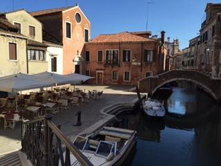 San Giacomo Apartment with patio, Venice