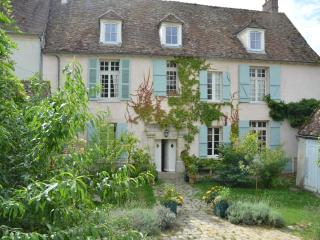 Beautifully Converted C16 Convent, close to Paris, Neauphle-le-Chateau