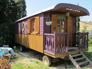 Les Roulottes du Lauragais - Purple, Montmaur