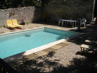 Maison de village avec piscine privative - charme, Langlade