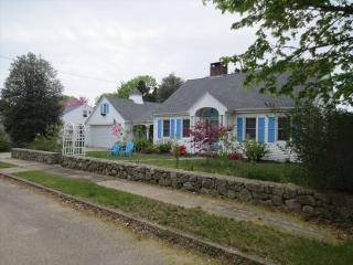 NICE 4BEDROOM, WALK TO MAIN ST FALMOUTH 124563