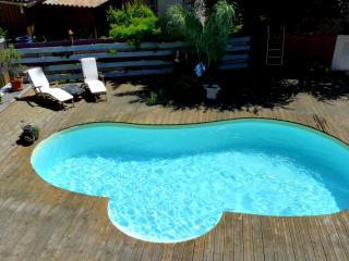 T1 en bois avec piscine WE/semaine/mois