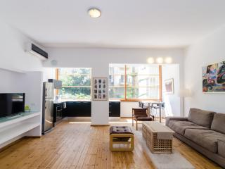 Smolenskin St - 2 Bed Apartment (Gordon/Mapu), Tel Aviv