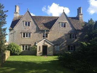 Juniper House, nr Chippenham (ES2272)