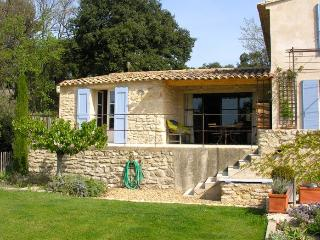 Les Banquets - 2 bedrooms + pool, Vaugines