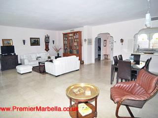 El Presidente GARDENS; 3 Bed, Heated Pool + wifi, Estepona