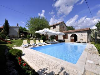 TH00022 Luxury Villa Murva
