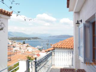 central town house on Poros