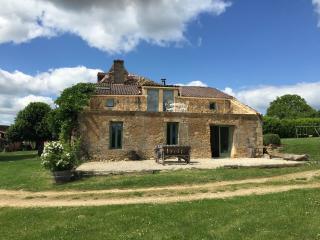 The Barn, Les Vitarelles - Molieres, Dordogne