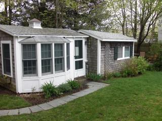 Edgartown Classic Cottage