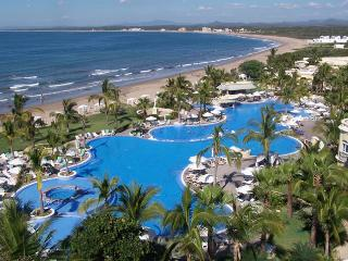 Magical Pueblo Bonito Emerald Bay Resort & Spa, Mazatlan