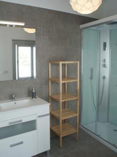 Una ducha de hidromasaje para relajarse.