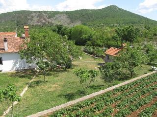 Country house Duje near Šibenik, Sibenik