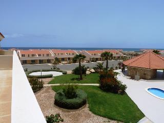 Paradise Penthouse, Santa María