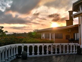 RED SUNSET OF GUANACASTE, LODGING ABOVE THE REST.