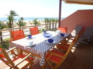 Apart-rent (0094) Apartamento frente al mar & piscina Empuriabrava