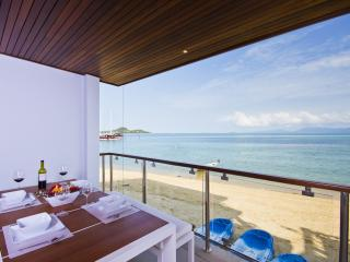 Luxury Bophut Beachfront 2-Bedroom Apartments, Koh Samui