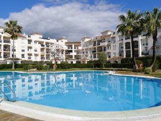 Beautiful apartment 200m from beach, Lorcrisur, San Pedro de Alcantara