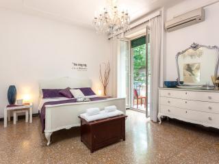 White Apartment- Vatican St.Peter