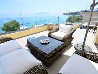 Diamante Beachfront suite B, Xylokastro