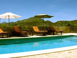 Casa con piscina en Sierra Tramuntana, Esporles
