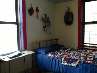 Inwood, room to rent