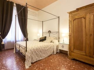 Visconti Suite 1 - Nice & Central, Rome