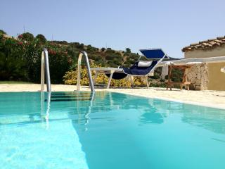 DELIGHTFUL VILLA WITH MARVELOUS PRIVATE POOL, Chia