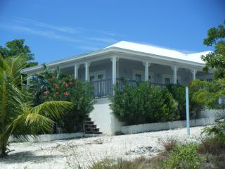 15, The Cays, Hermitage, Great Exuma, Bahamas