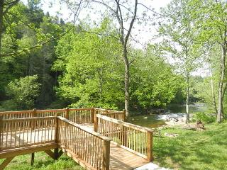RIVER FRONTAGE, FLAT ACRES, FIRE-PIT. DECKS.