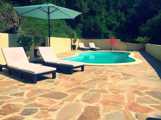 Villa St. Michel in Lamalou les Bains. Excellent for Golf, yoga and spa