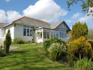 New - Lovely period cottage with sea views, Gorran Haven
