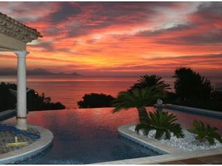 Villa avec piscine et vue panoramique sur mer, Les Issambres