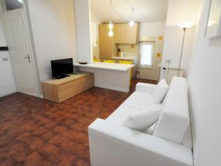 Apartment in Salò Lake Garda, Salo