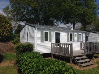 2 bedroom chalet style mobile home, Landudec