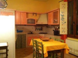 Tuscany rental House close to Florence , parking