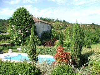 Domaine Le Sabatou, independant & private holidays, Cahors