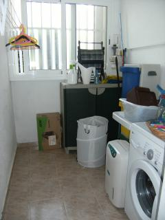 Fregadero con lavadora