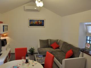 Home sweet home, Split