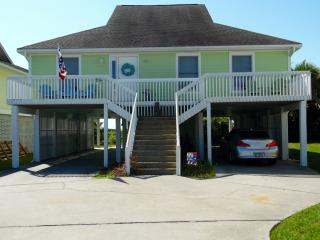 Four-Bedroom House With Great View!, Harbor Island