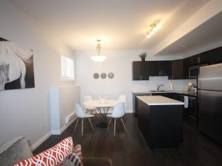 HAMPTON SUITE NEAR AIRPORT FOR SHORT/LONG STAY, Saskatoon