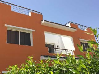 BALCONY SUITE (2 BD ROOM) - WITH SEA AND POOL VIEW