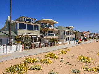 East OCEANFRONT Spectacular 7 Bedroom, 7 Bathroom Three Story Property, Newport Beach